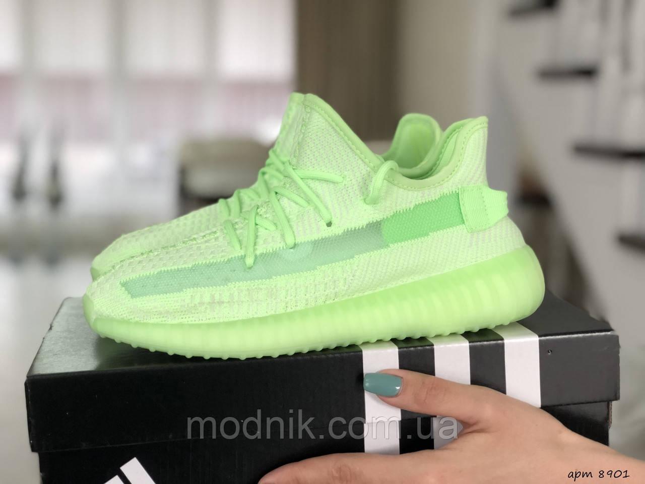 Женские кроссовки Adidas x Yeezy Boost (салатовые)
