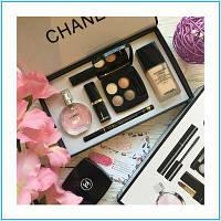 Подарочный женский набор Chanel  косметика и туалетная вода 6 в 1