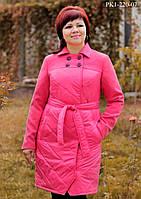 Женское демисезонное пальто прямого силуэта цвет малиновый размер 46-52