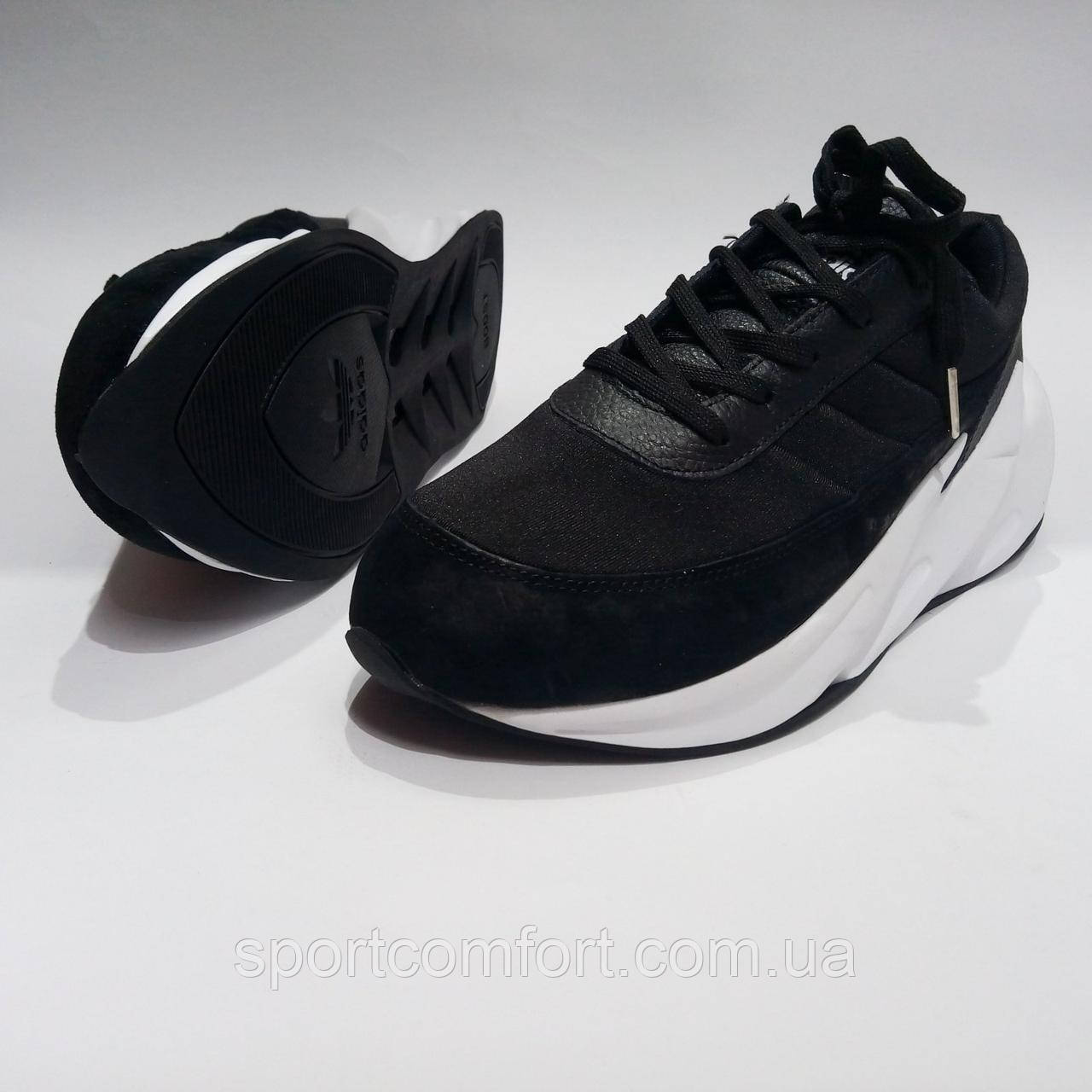 Кросівки adidas чорні з білим