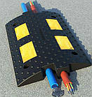 Лежачий полицейский шириной 300мм с кабель-каналом. Секция длиной 500мм, фото 2