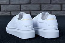Женские кроссовки в стиле Alexander McQueen All White, фото 3