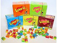 Жвачки love is. лав из. 100 шт. разные вкусы