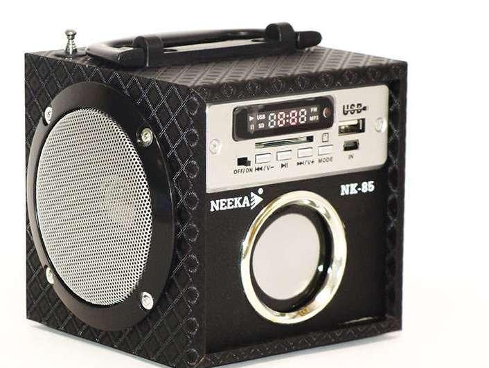 Портативная колонка Neeka NK-85. Светодиодный дисплей. Встроенный аккумулятор