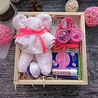 Подарок в деревянном боксе для мамы,сестры,подруги.