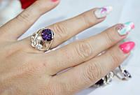Кольцо с накладками золота и фиолетовым камнем Карли
