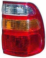 Фонарь правый Toyota Land Cruiser J100 бело-желтый внешний (DEPO). 212-19B6R-A