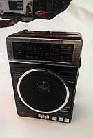 Аналоговое радио Радиоприемник GOLON RX-078 USB/SD MP3 Радио-приемник с фонарем с поддержкой Micro SD и USB