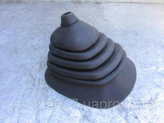 Оригинальный новый пыльник кулисы 88VB7277BA на Ford Transit