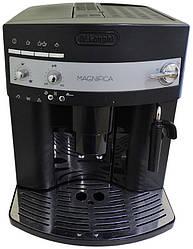 Кофемашина БУ Delonghi Magnifica ESAM 3000, черная, в идеальном состоянии