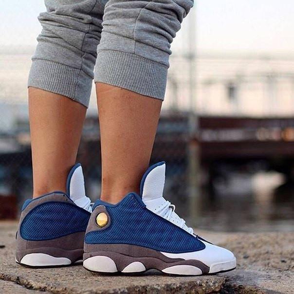 Кроссовки женские Nike Air Jordan 13 / AJW-095