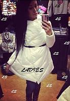 Курточка женская ,очень стильная, верх плащевка, внутри синтепон ,цвет черный и белый Ал № 0857