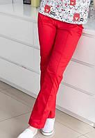 Хлопковые однотонные брюки медицинские цвет красный