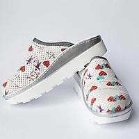 Медицинская обувь сабо Heart white женские
