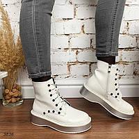 Белые деми ботинки на шнуровке и серебристой подошве, фото 1