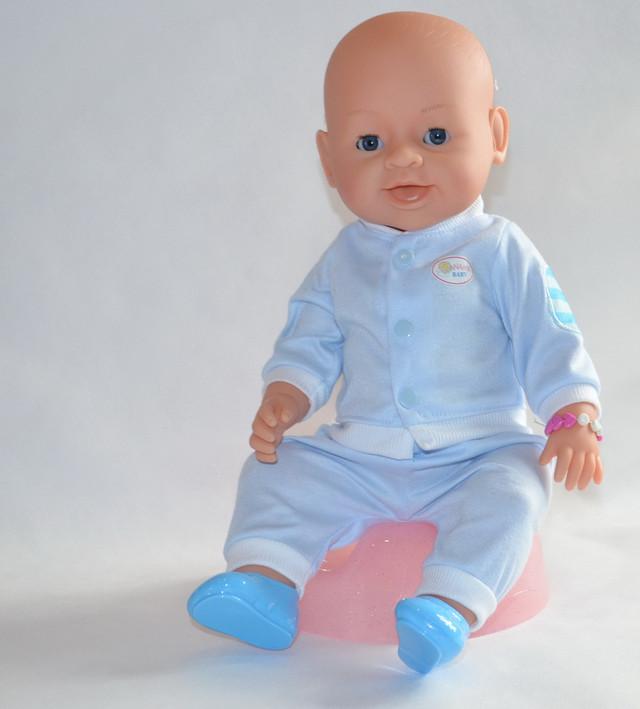 кукла с аксессуарами синяя