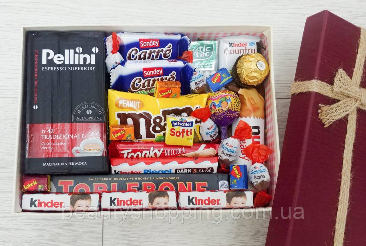 """Подарочный набор сладостей в коробке """"Love Love"""""""