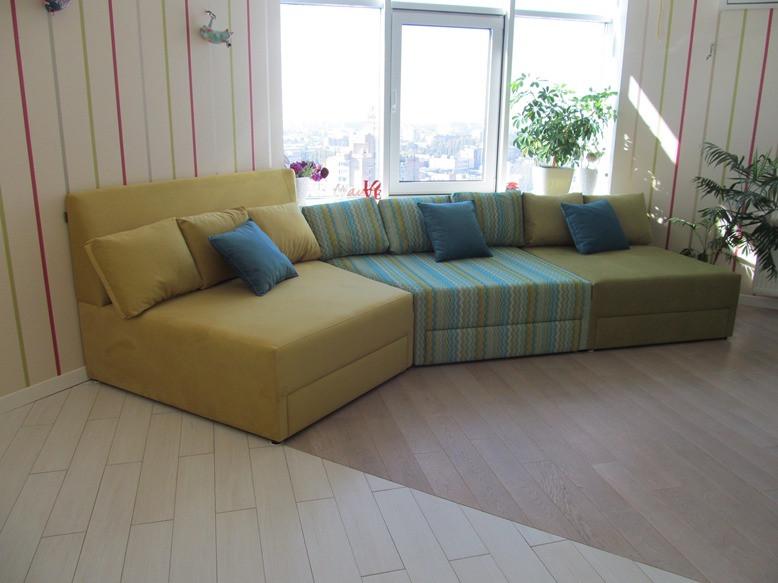 Модульный диван в гостиную комнату