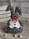 Зайчик-кролик ручної роботи з підвіскою, льон, бязь, сатин, іграшка, 23 см., 150/130 (цена за 1 шт. + 20 гр.), фото 3
