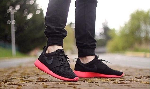 Кроссовки мужские Nike Roshe Run / RRM-002