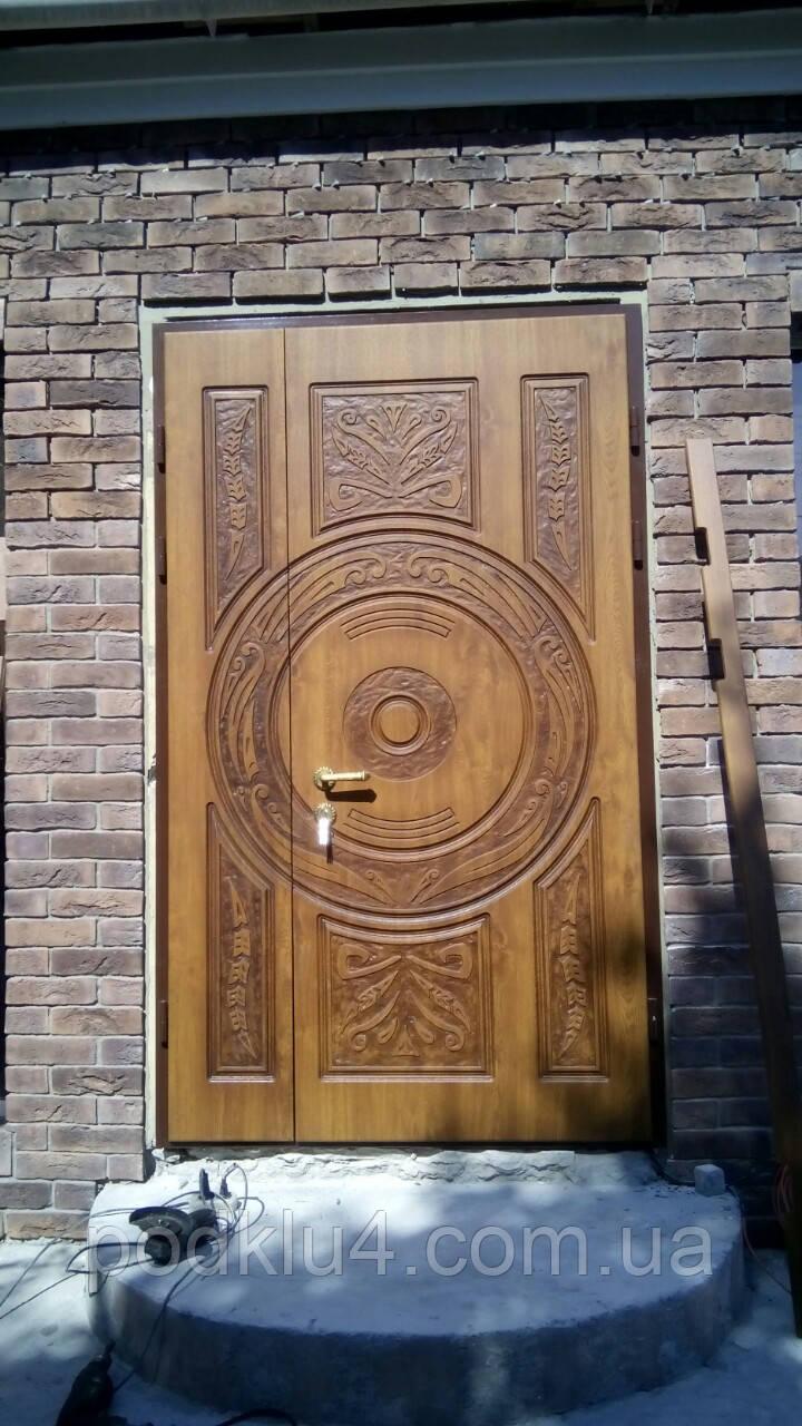 Входные двери с патиной и 3-Д рисунком