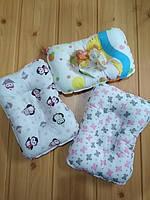 Детская ортопедическая подушка для кормления малыша