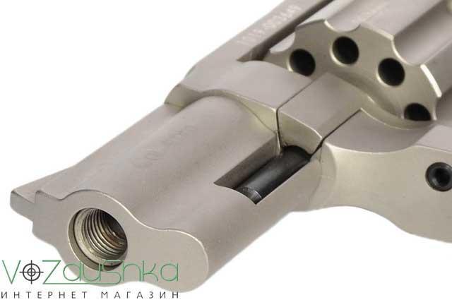 вид с дула револьвера Stalker 2.5