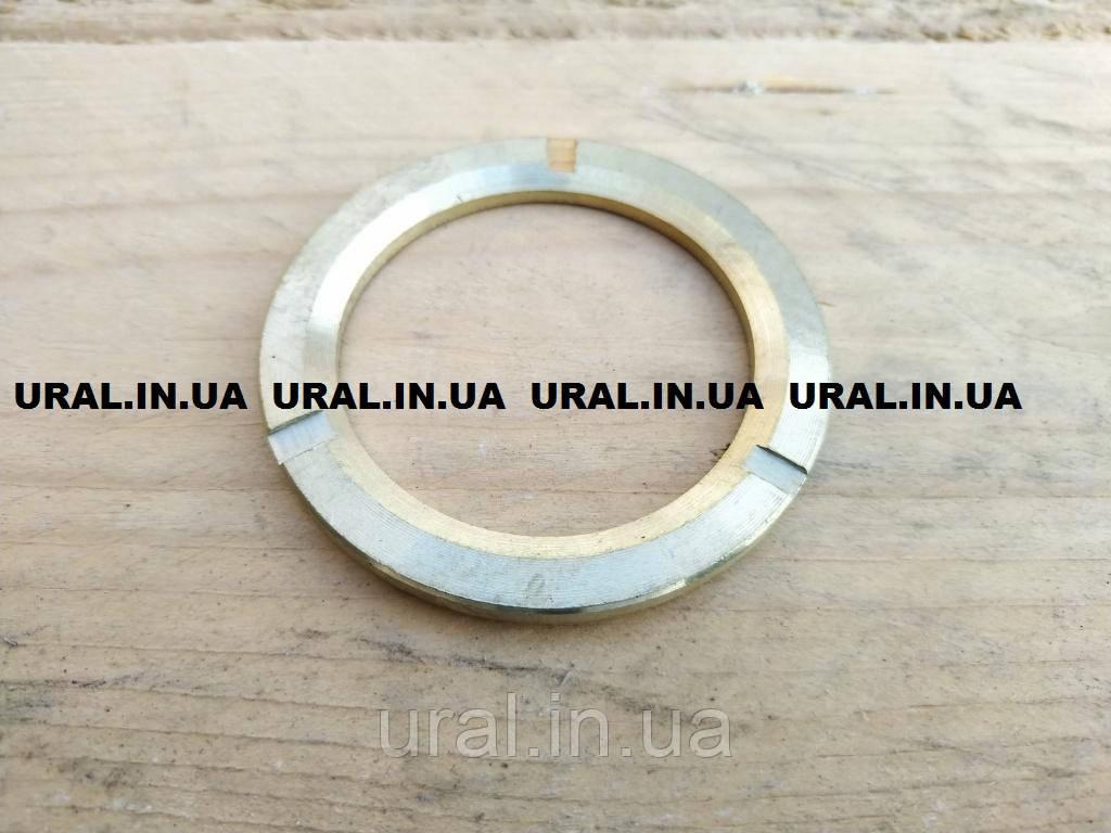 Шайба упорная кулака поворотного 4310-2304068 (пр-во КАМАЗ)