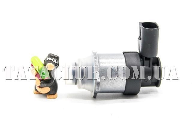 Датчик давления топлива Bosch 0928400748
