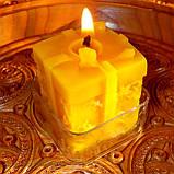 """Восковая чайная свеча """"Коробка с подарками"""" в пластиковом прозрачном контейнере; натурального пчелиный воск, фото 4"""