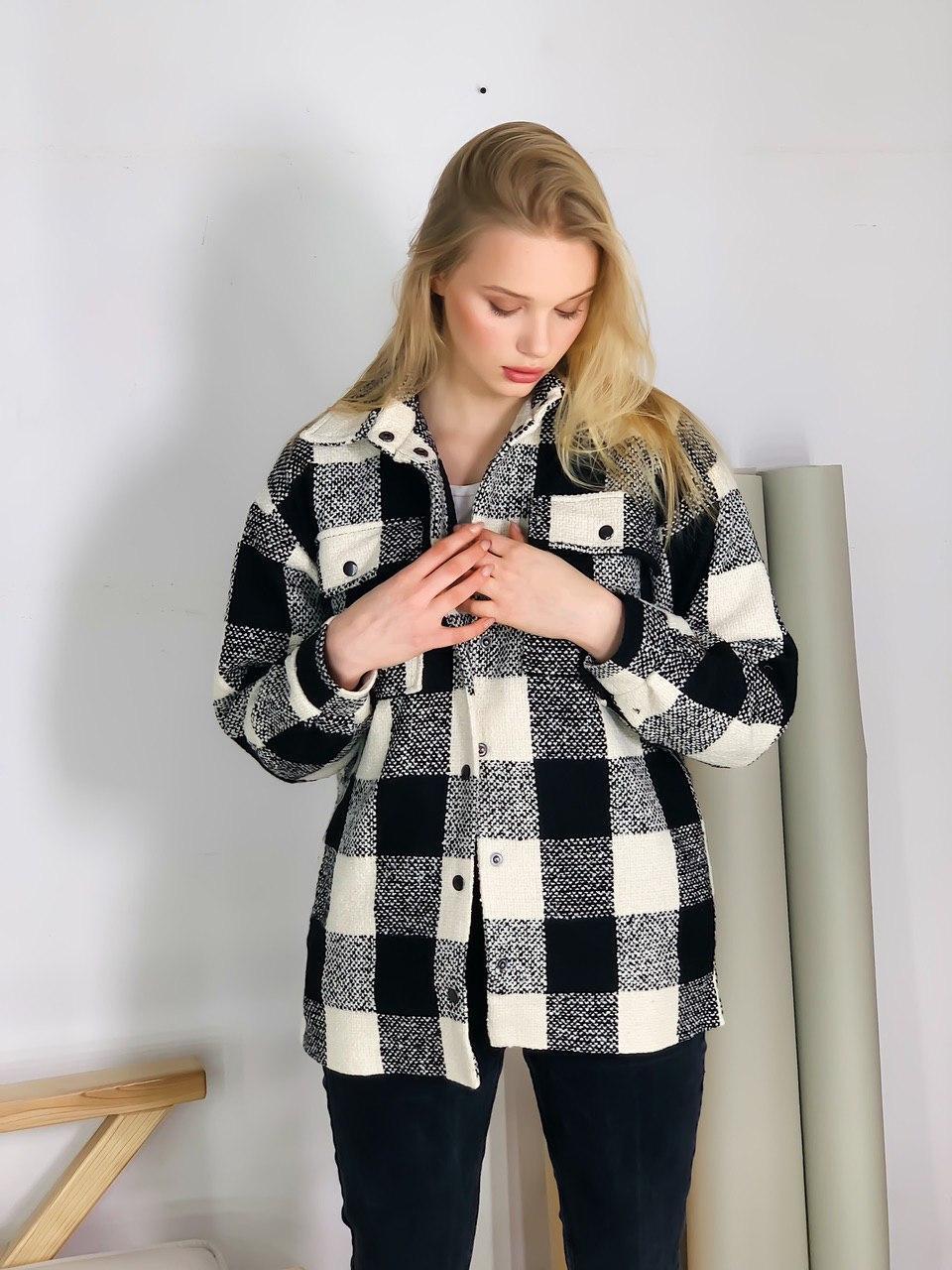 Пальто-рубашка женское в клетку