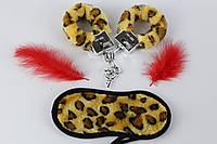 Набор леопардовые меховые наручники маска для глаз и перышко  Fantasy 3 в 1. Наборы для БДСМ
