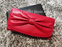 Элегантный женский кошелёк из натуральной кожи красного цвета  F.Salfeite