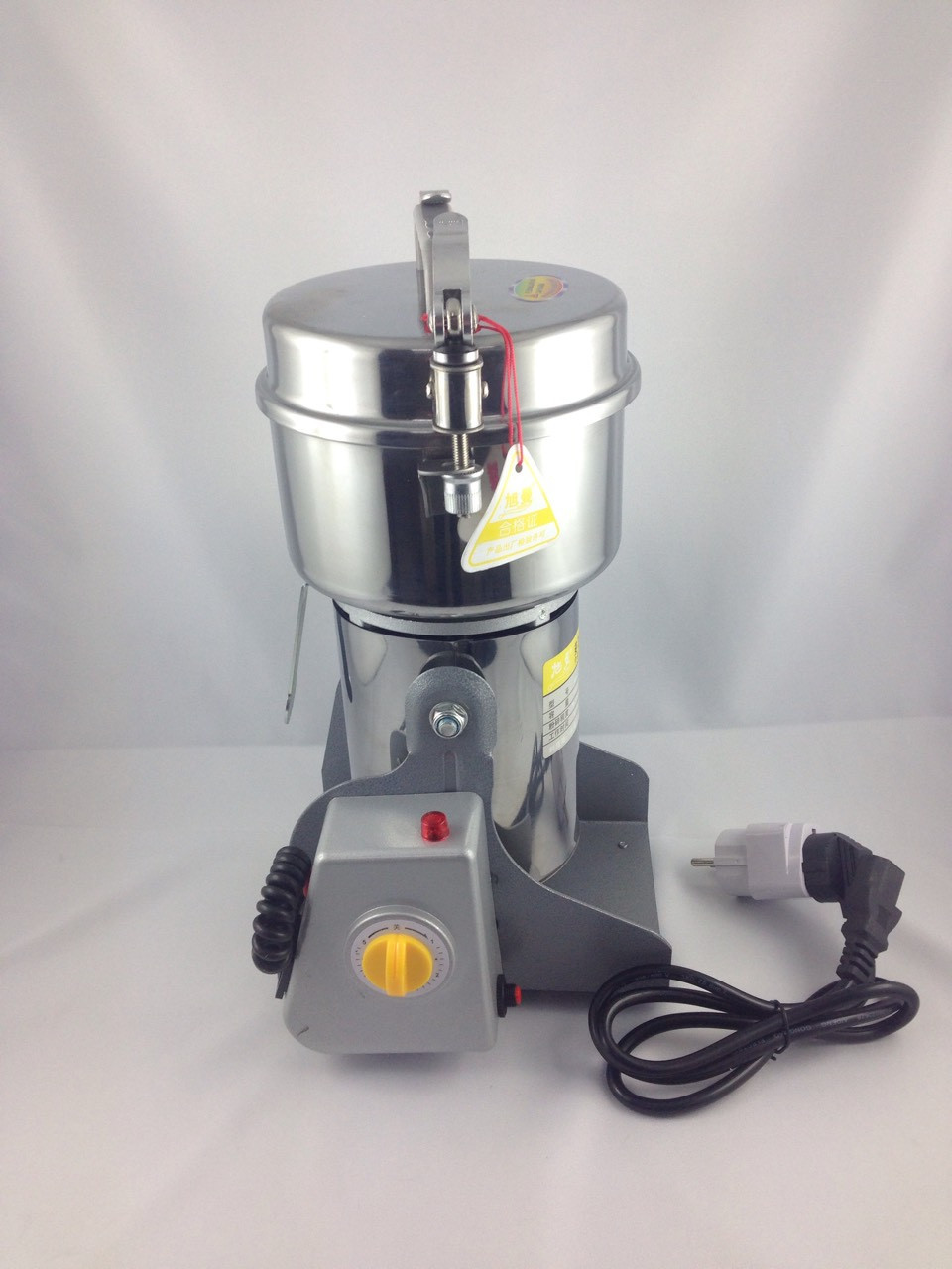 Мельницы для зерна электрическая бытовая. МЦ-801