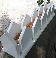 Деревянный горшок в виде заборчика под цветы