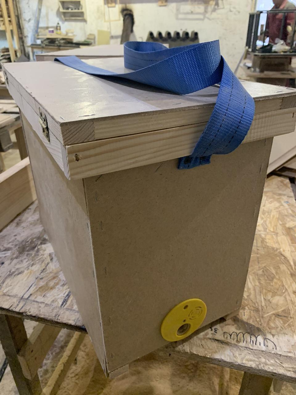 Ящик рамочный (рамконос)