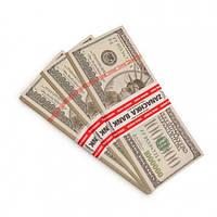 Пачка денег по 1 000 000 долларов
