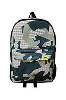 Городской рюкзак в камуфляжный принт с внешним карманом