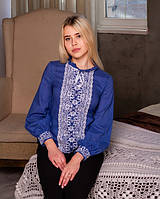 Кружевная вышитая блуза спереди украшена вышивкой