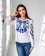 Льняная вышитая блуза женская с красивым синим орнаментом