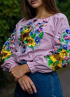 Розовая вышитая блуза из домотканого полотна с подсолнухами