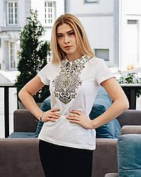 Жіноча футболка - вишиванка Вікторія, короткий рукав, з коміром, р. 40-42 біла, вишиванка