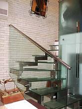 Скляні перила зі сходами