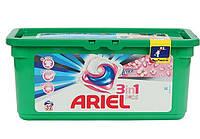 Гель-капсулы для стирки Ariel 3in1 30 шт., с ленором, для белых и цветных тканей