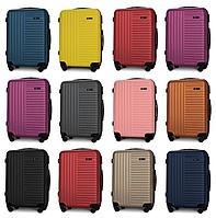 Средние чемоданы Fly 1096