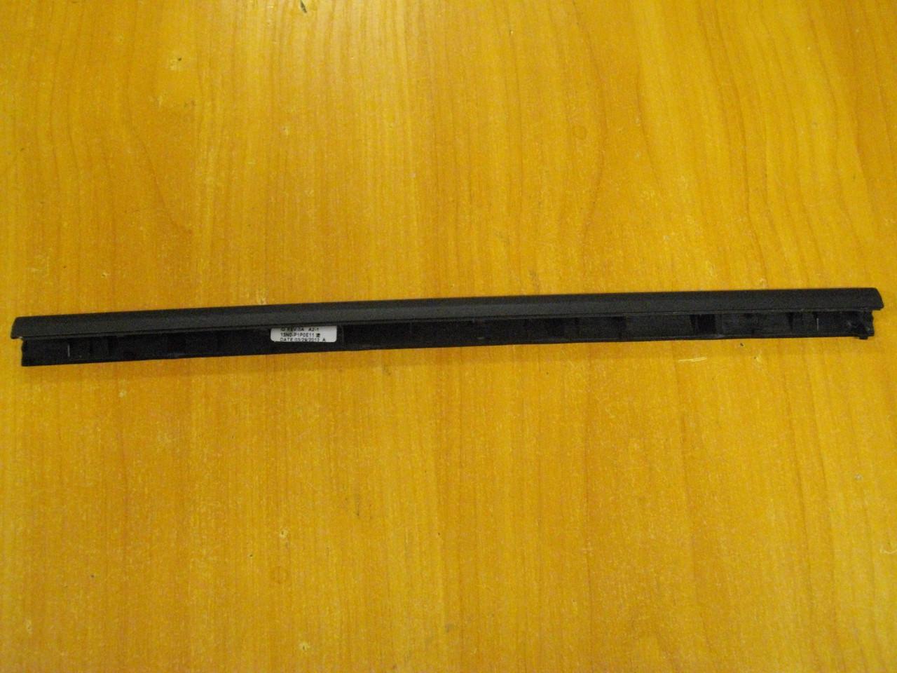 Заглушки, крышки петель матрицы ASUS X502C, X502 бу