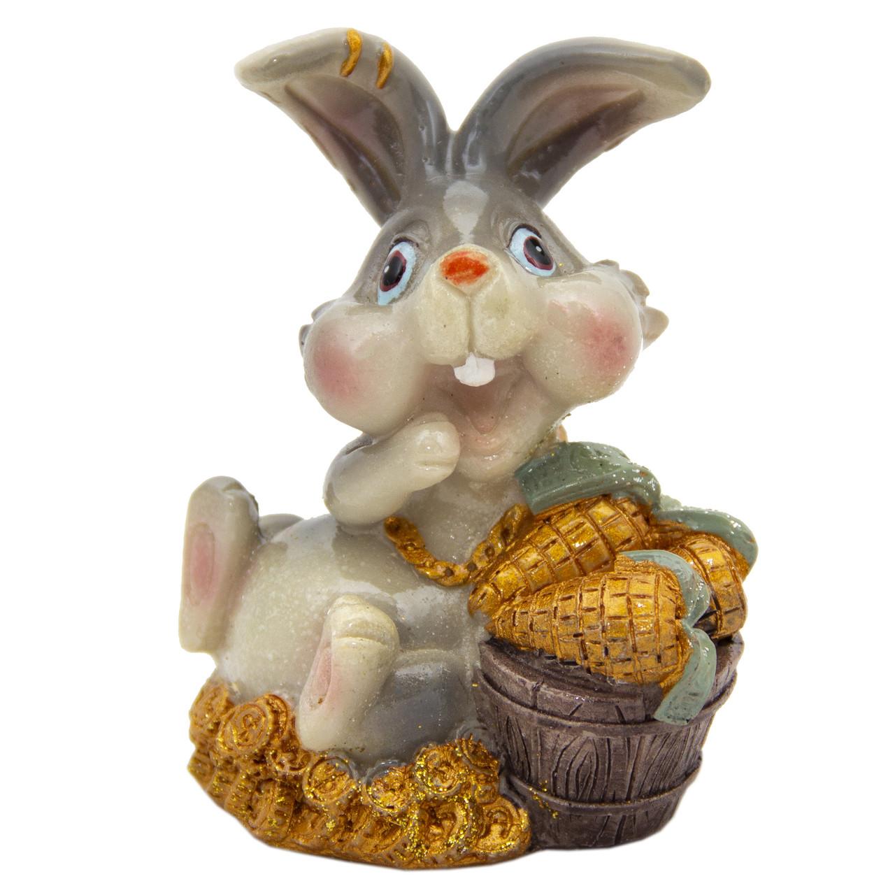 Новогодняя сувенирная фигурка Кролик морковка в ведре золота, 7, 5см (440672-1)