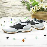 Кроссовки женские на шнуровке, цвет белый/серый, фото 2