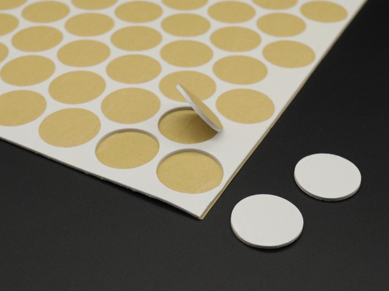 Двухсторонняя липкая крепежная лента 2мм толщина. Цвет белый. 25мм. 90шт/аркуш