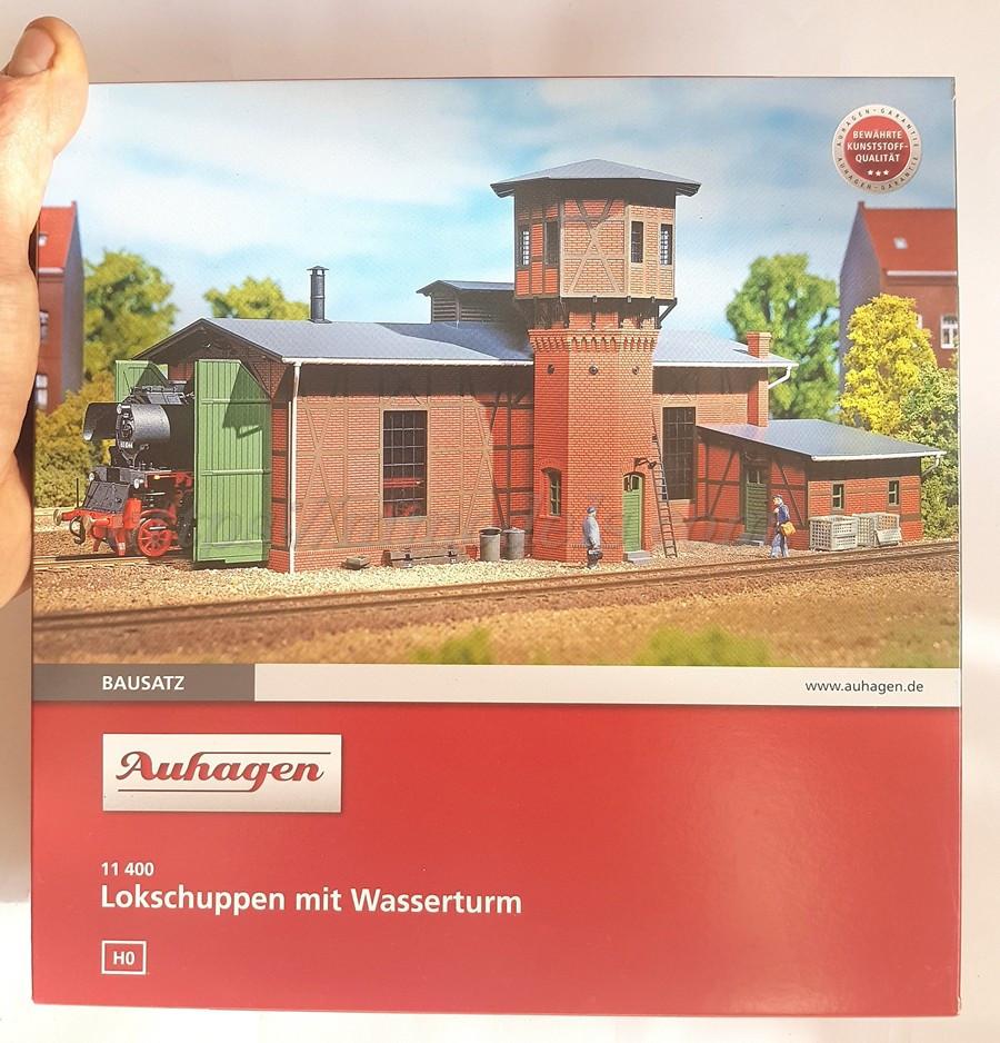Auhagen 11400 Сборная модель - Локомотивное депо с водонапорной башней, масшатба H0,1:87